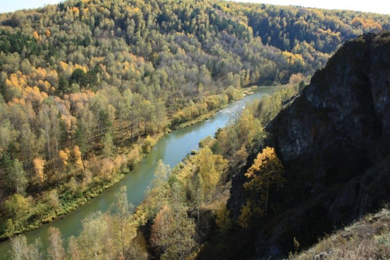 река Бердь, осень