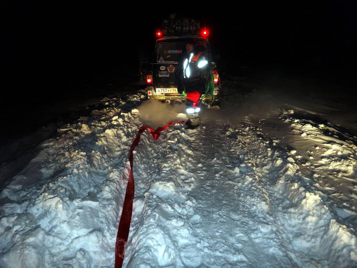 динамическая стропа на морозе в тундре