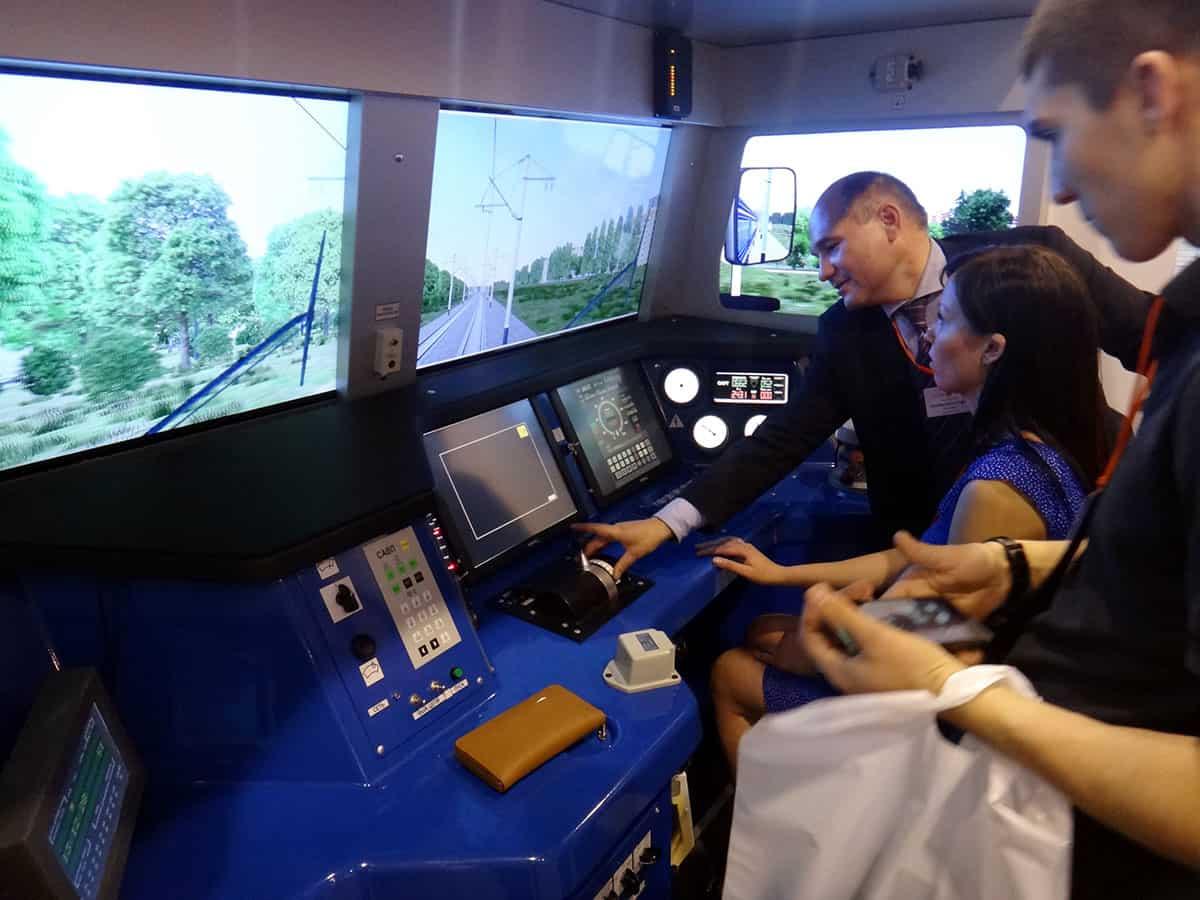 тренажер машиниста поезда