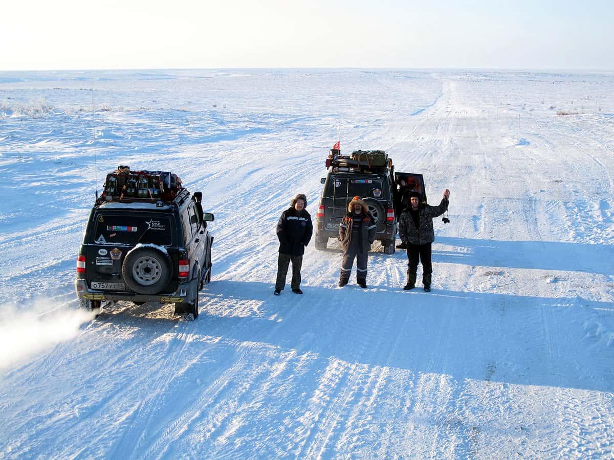 автопутешественник Алексей Бычков с друзьями на севере