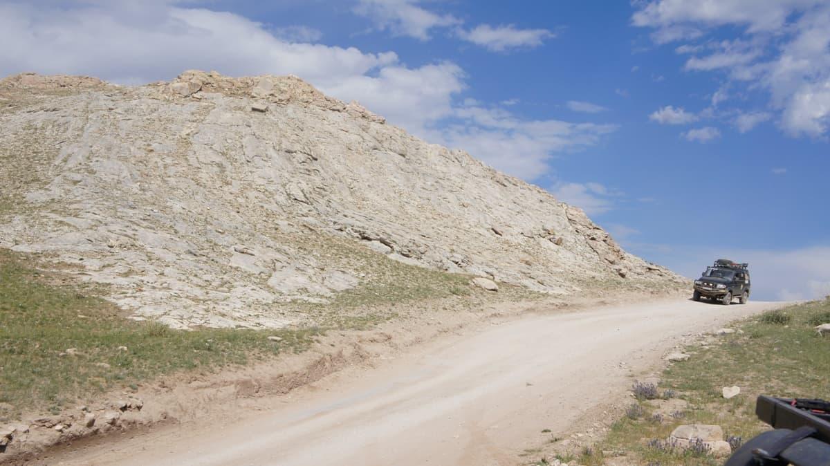 горная дорога, едем отдыхать на горные реки