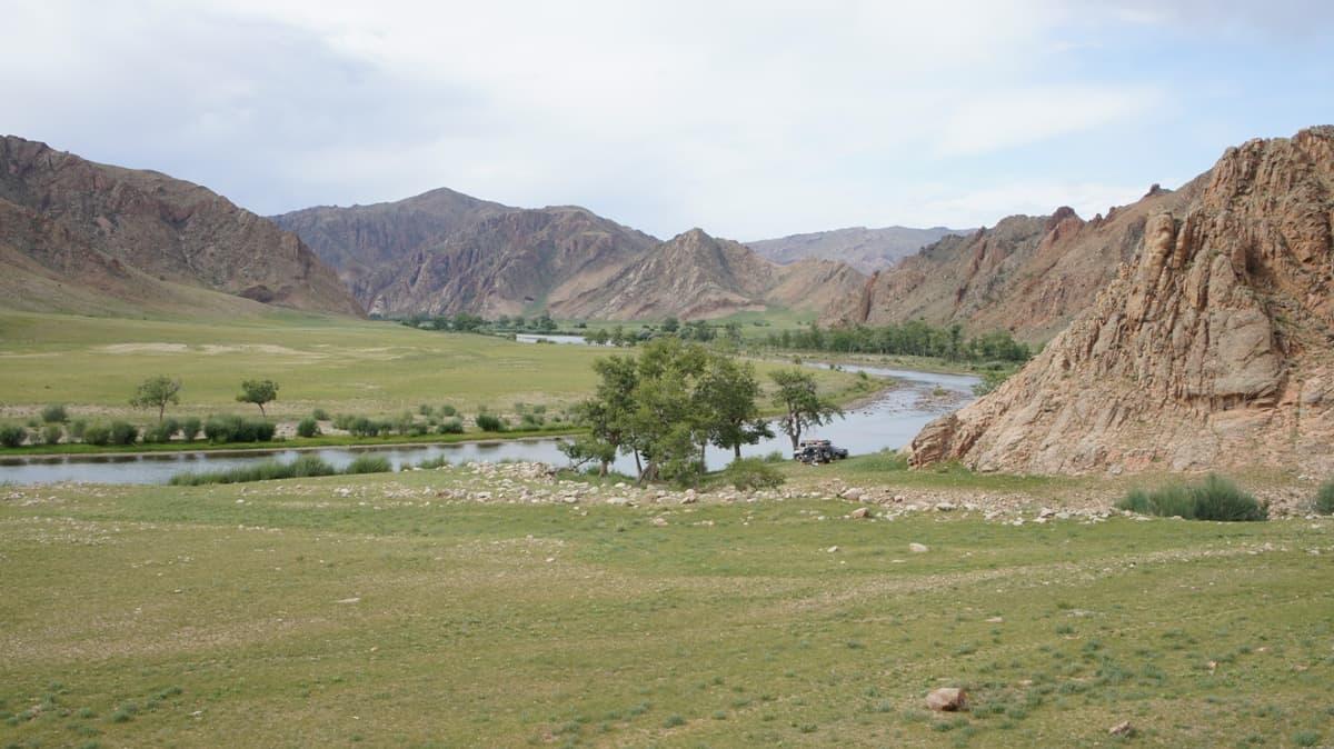 горные реки, долина Дэлгэр Мурэн
