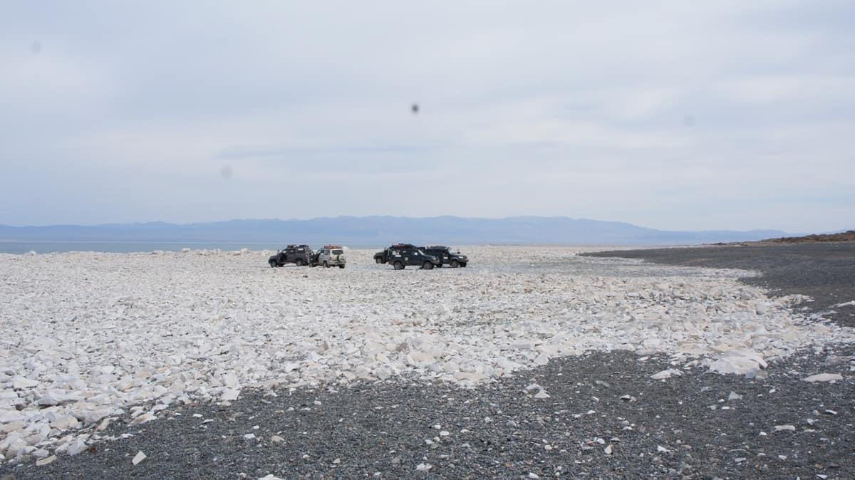 стоянка на озере Хяргас в Монголии