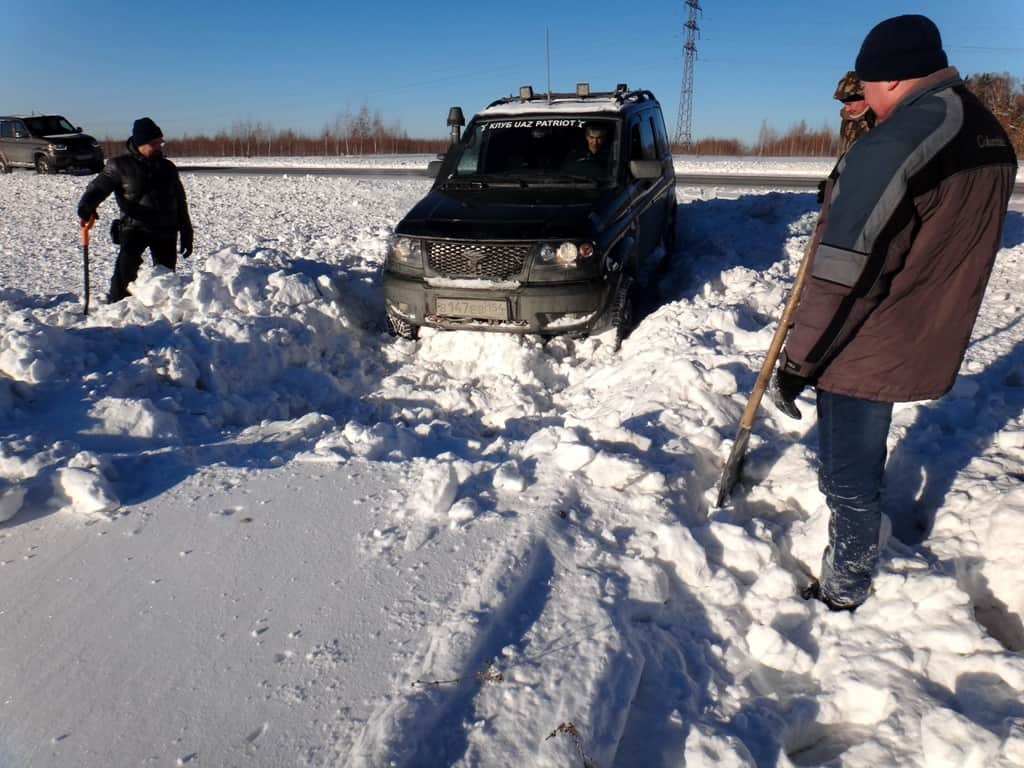 Патриот идёт по снегу