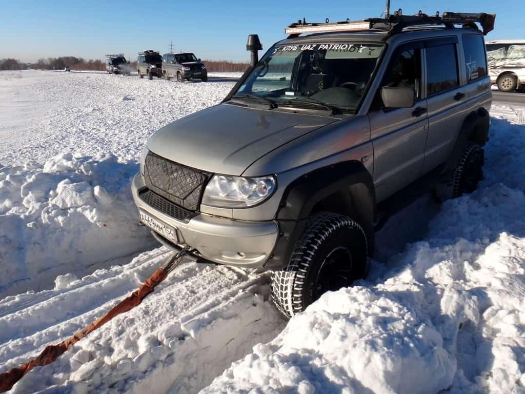 УАЗ патриот по снегу на 35 резине