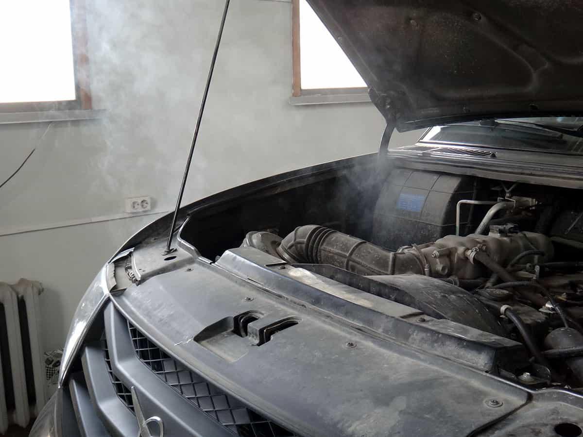 уаз патриот, дым из под капота