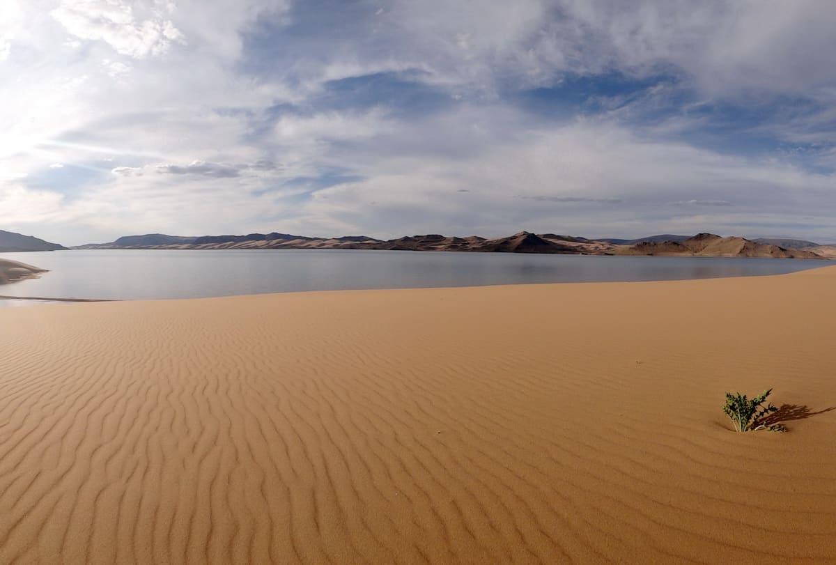 поющий бархан озера Хаар