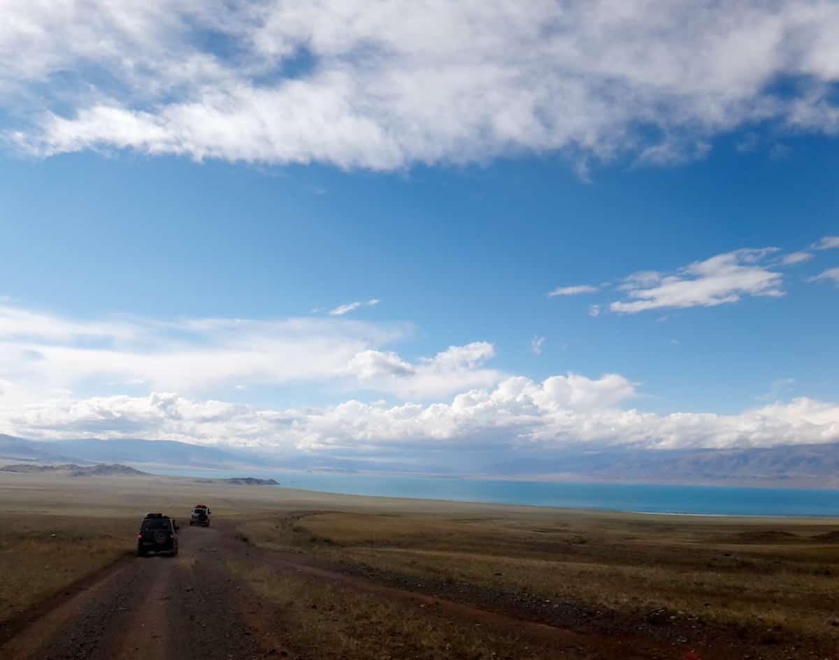 по дороге на озеро Урэг-нуур