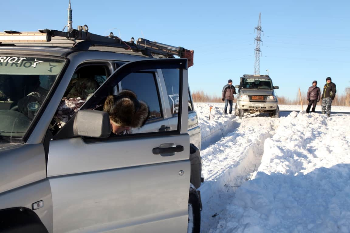 УАЗ Патриот на 35 колесах по снегу