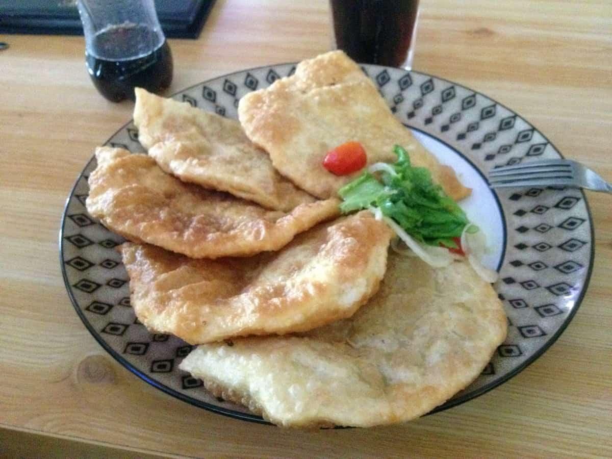 монгольская кухня, хуушуур