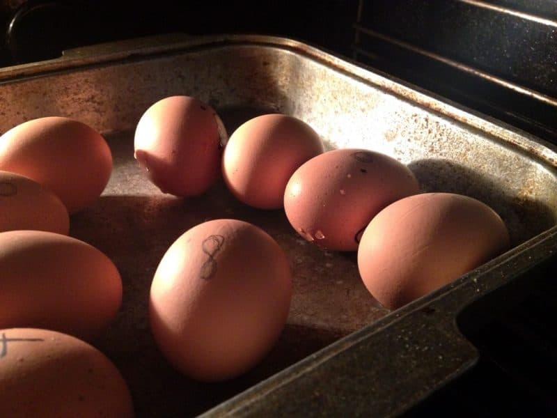 каленые яйца в духовке