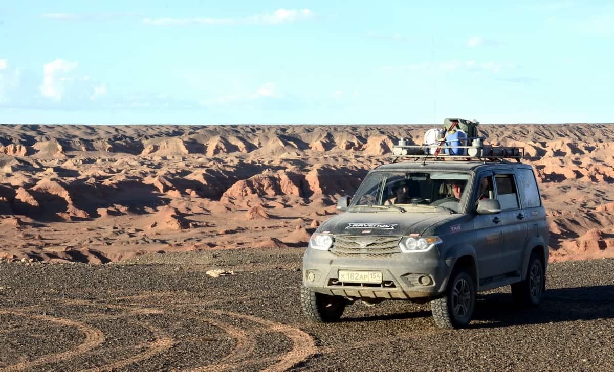 УАЗ Патриот в каньоне Хэрмэн-Цав