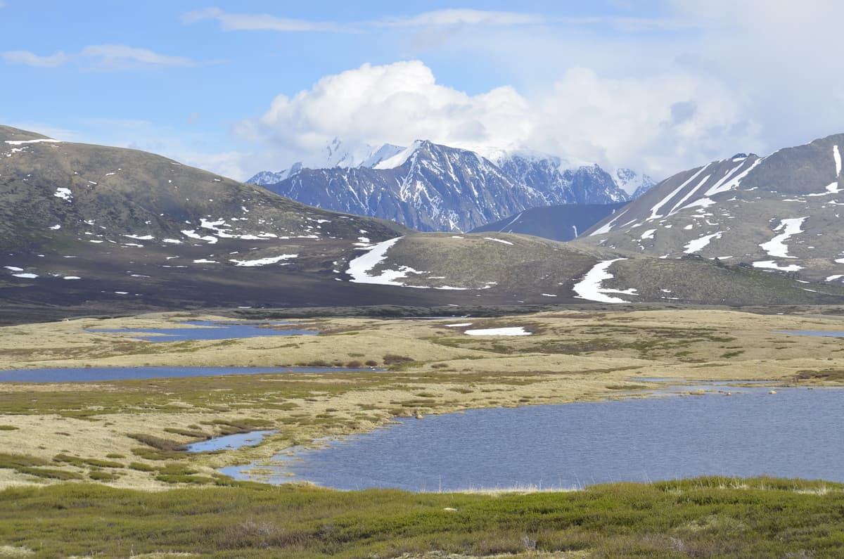 озеро Джангысколь на плато Ештыкель, Алтай