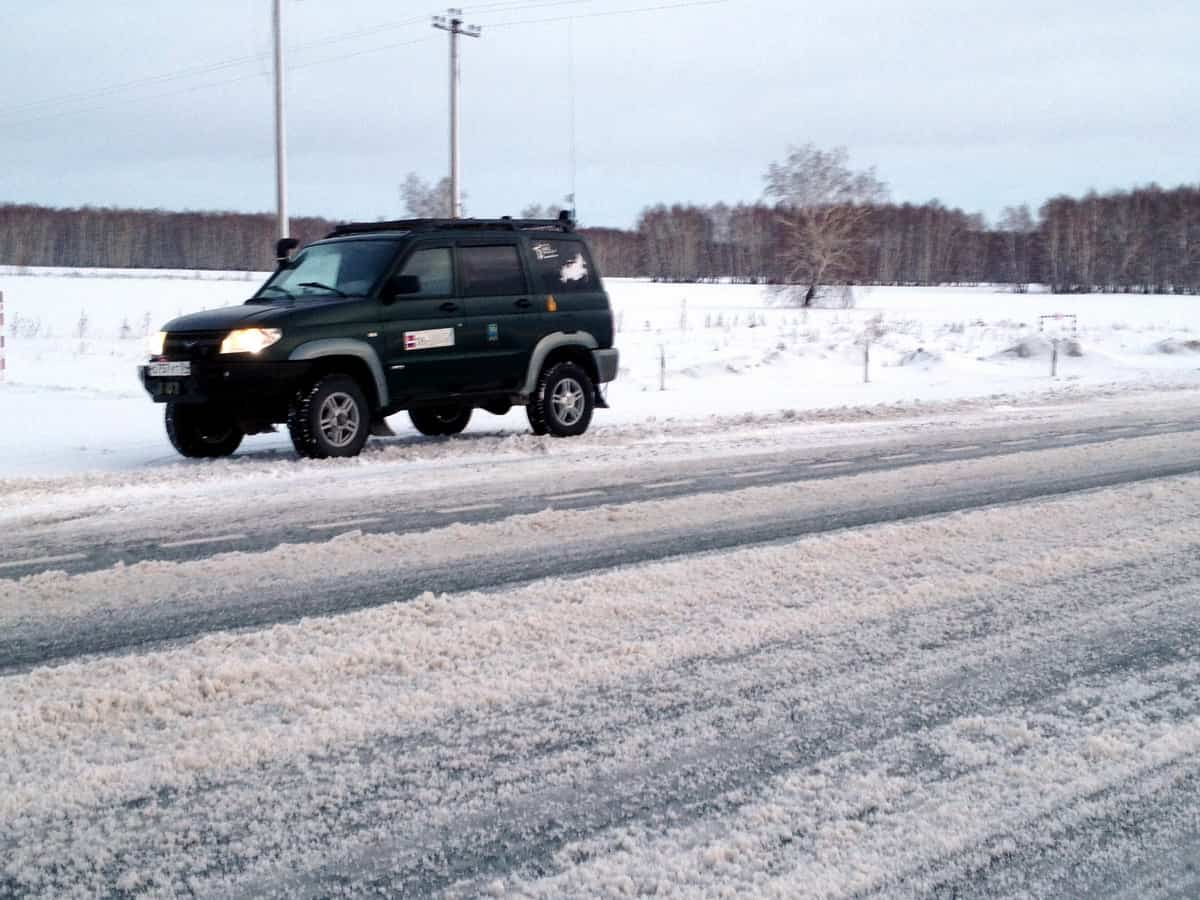 снежная каша на трассе Омск - Тюмень