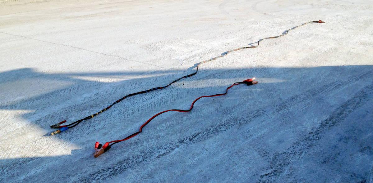 сравнение проводов для прикуривания - пуска автомобиля