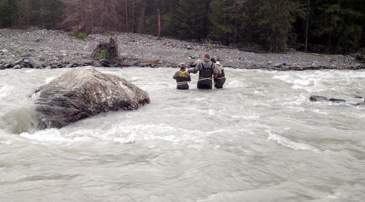 проверка русла реки для брода