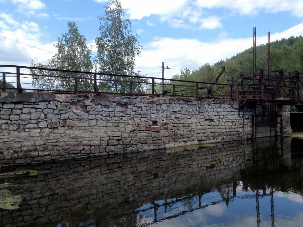 дамба ГЭС Пороги