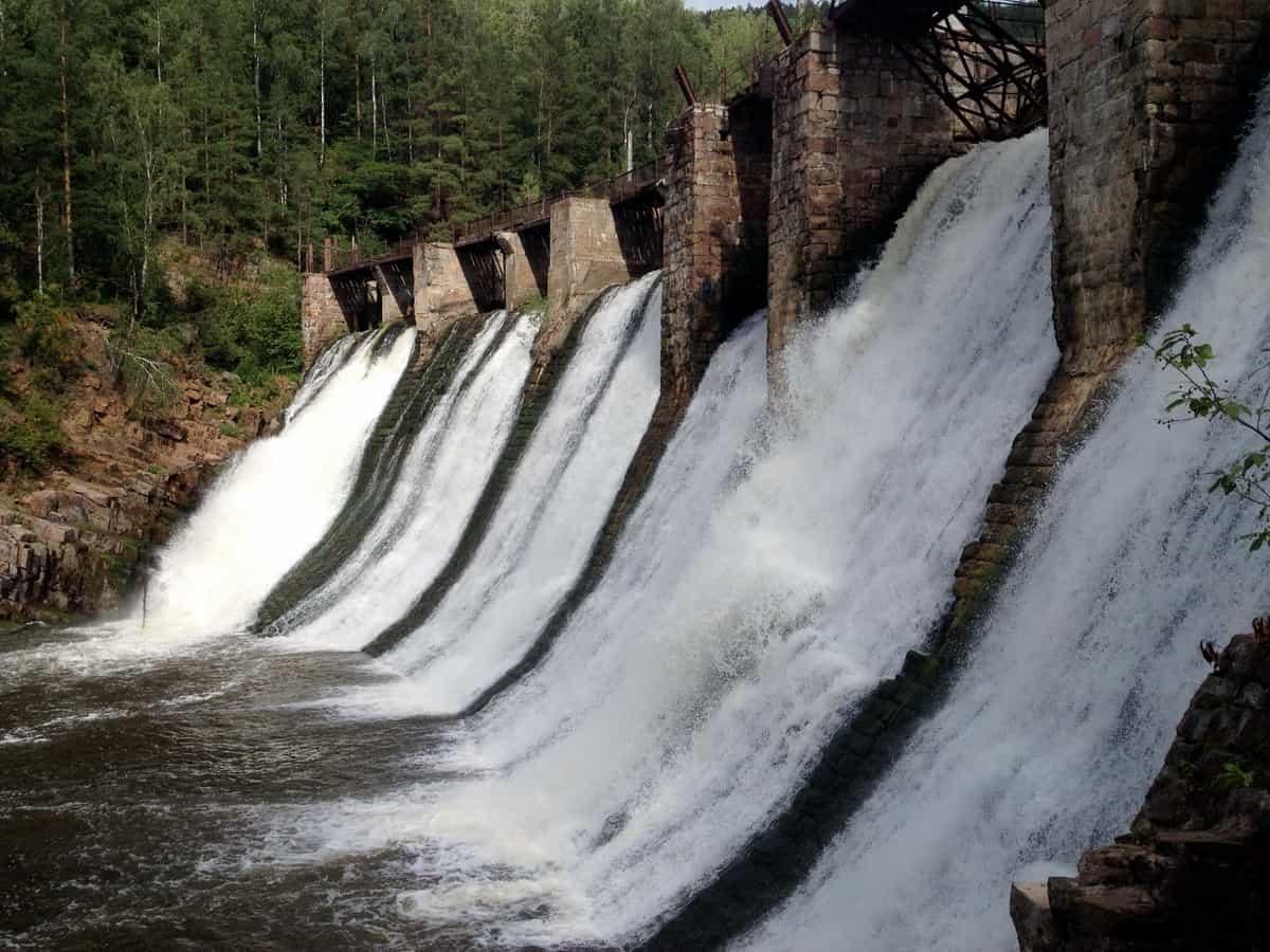 слив Порожской ГЭС