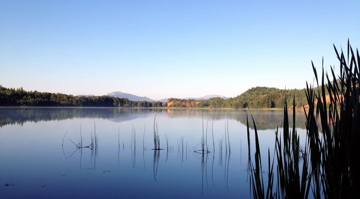 лазурное озеро на урочище Карелка