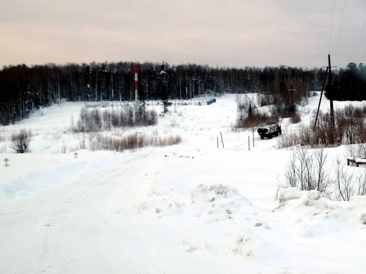 разбитый участок зимника Томск - Каргасок - Стрежевой - Нижневартовск