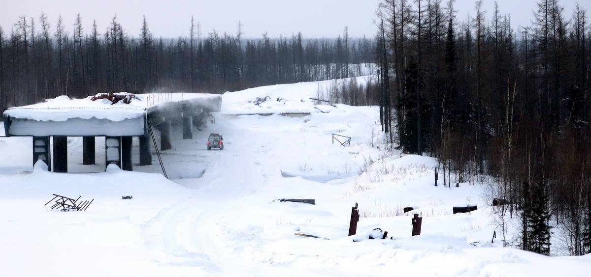 строится автодорога Салехард - Надым
