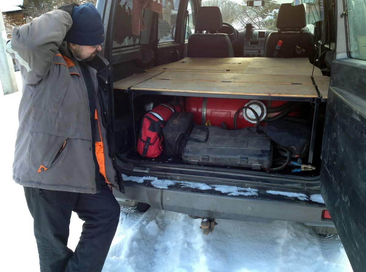 ГБО под спальником в багажнике уаз патриот