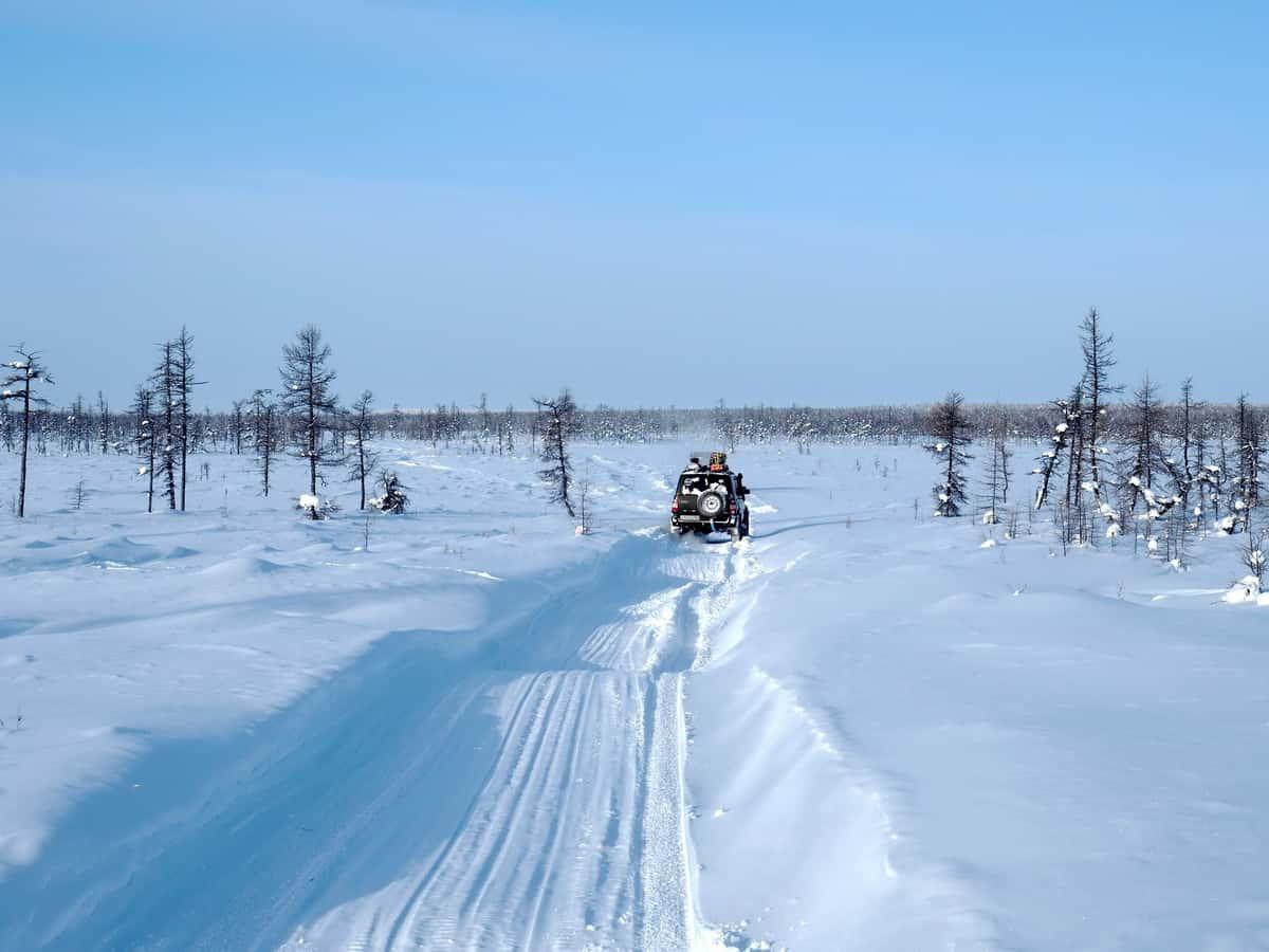 снегоходный путь на плато Путорана
