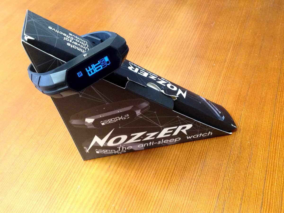 антисонные часы Nozzer watch