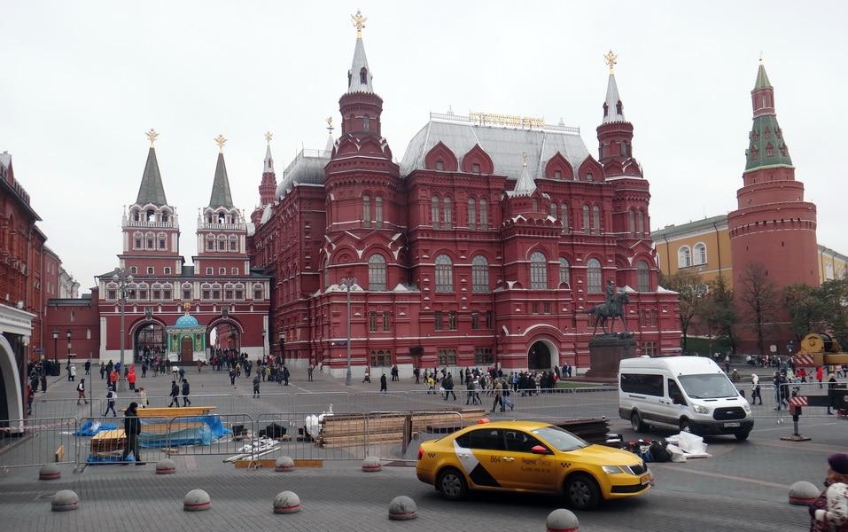 красная площадь, музей, памятник Жукову