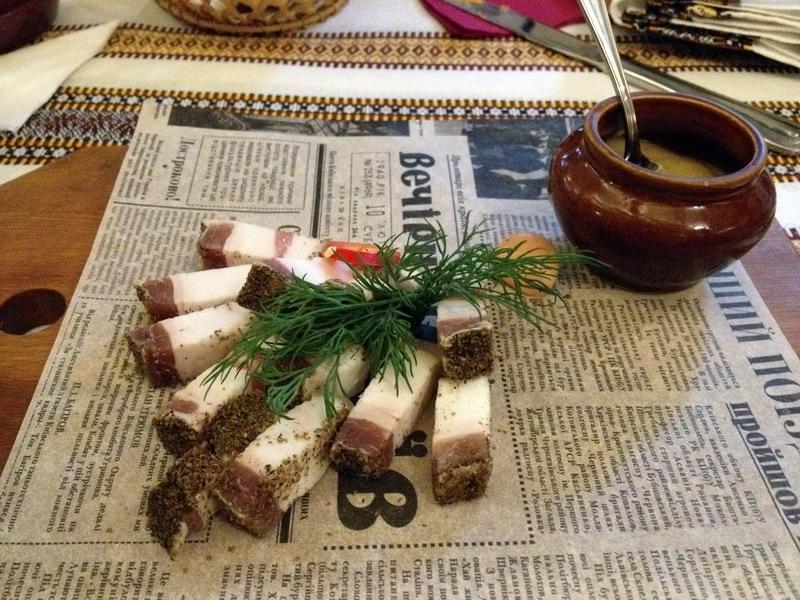 домашнее сало в корчме Тарас Бульба
