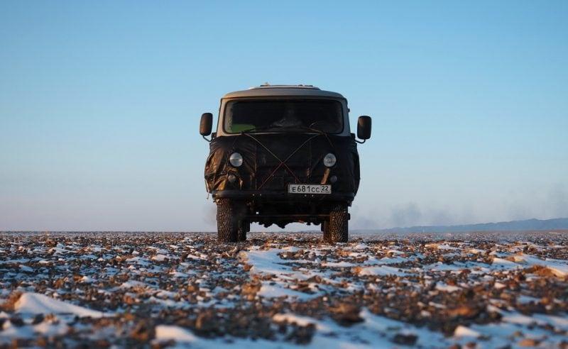 На УАЗ Буханка по Монголии зимой