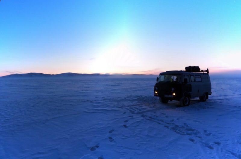 в горах Монголии зимой
