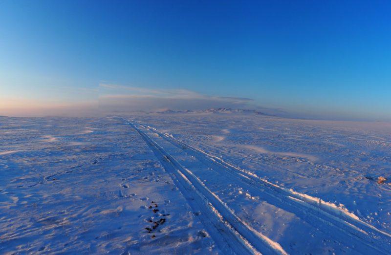 горная дорога в монголии
