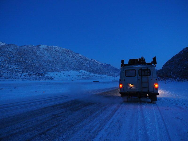 погранпереход Ташанта, граница Россия - Монголия зимой