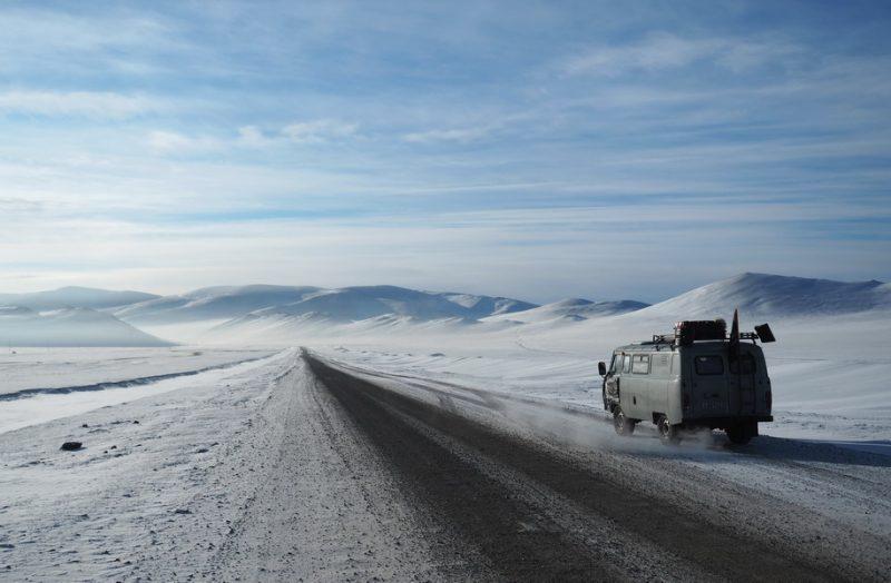 Монголия зимой, дорога на Ульгий, перевал