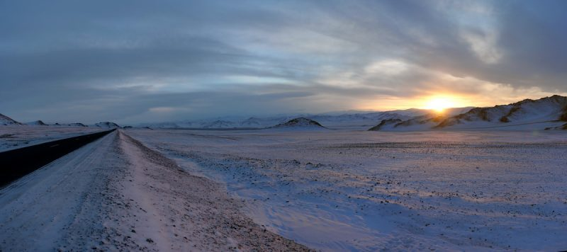 закат в Монголии зимой