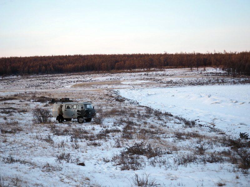 автодом УАЗ 452 на озере Хубсугул