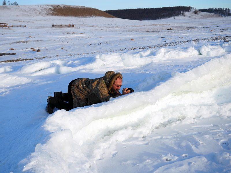 фотограф на березу озера Хубсугул нуур