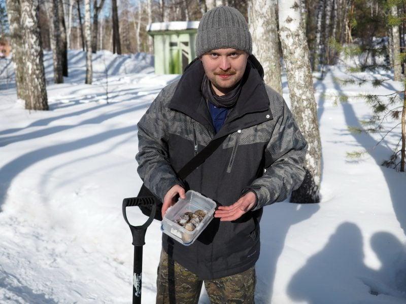 Автопутешественник Алексей Бычков учит собирать грибы