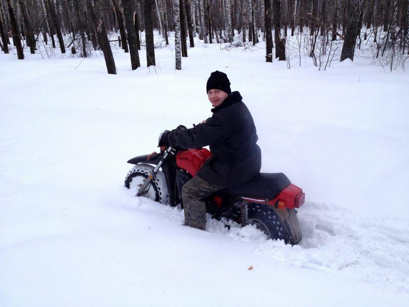 Тула ТМЗ едет по снегу