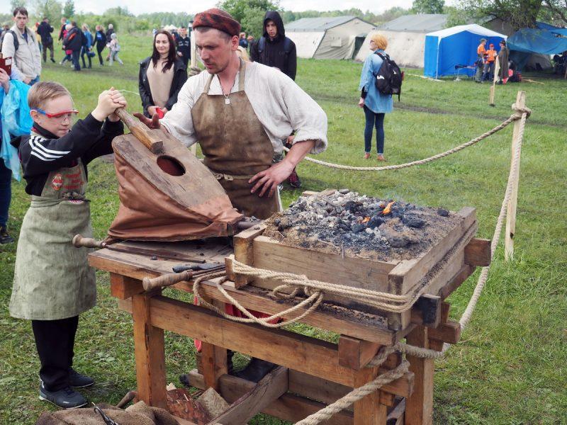 средневековая кузница