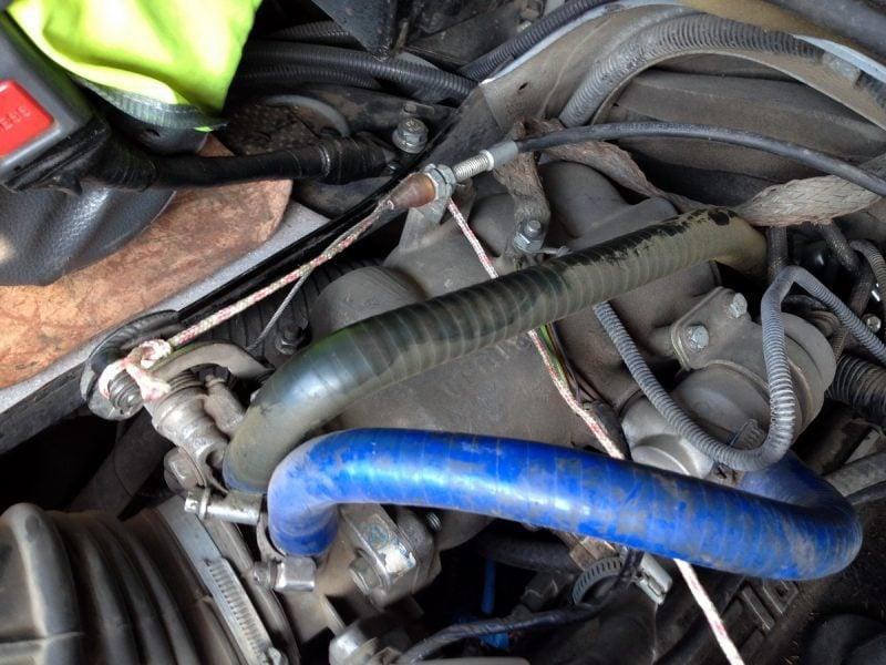 замена троса газа уаз