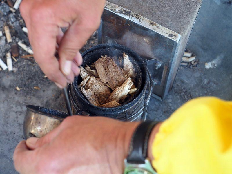 дымарь пчеловода, beekeeper's smoker