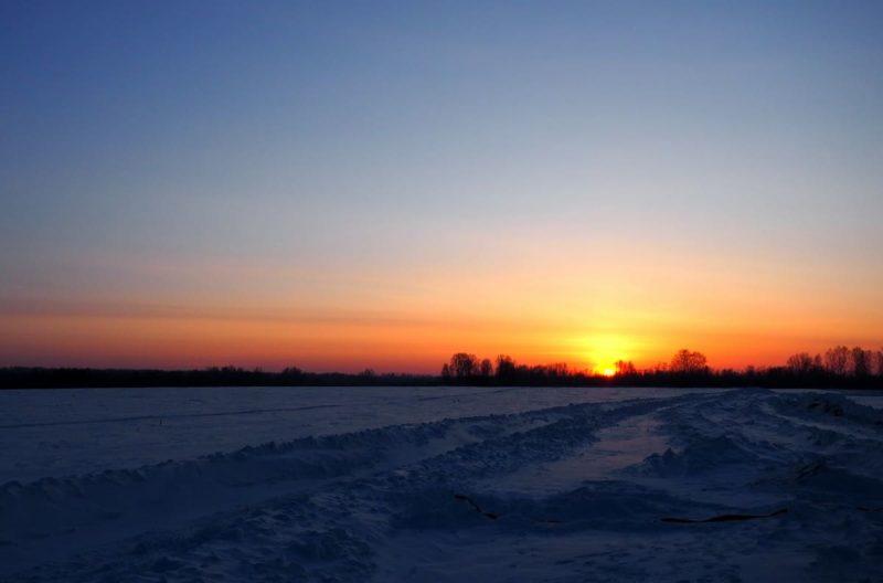 красивый рассвет зимой