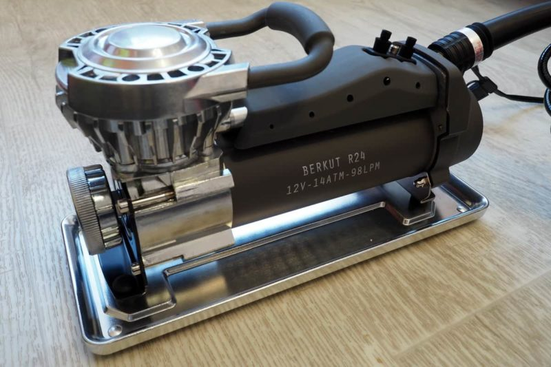 компрессор Berkut R24