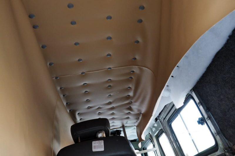 кожаный потолок в авто с синтепоном или поролоном