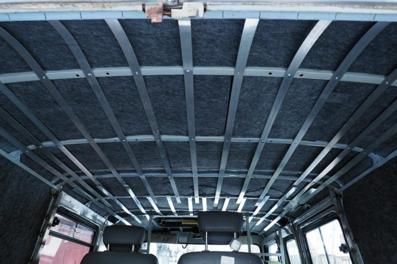 перетяжка потолка в уаз 452