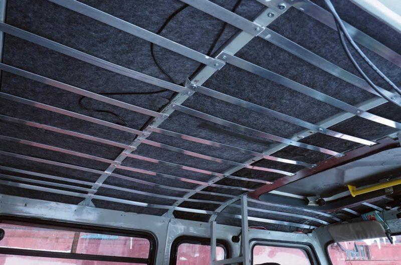 шумоизоляция и потолок в уаз