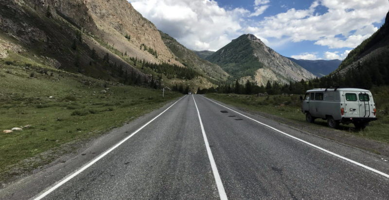 УАЗ 452 Буханка для путешествий по горам