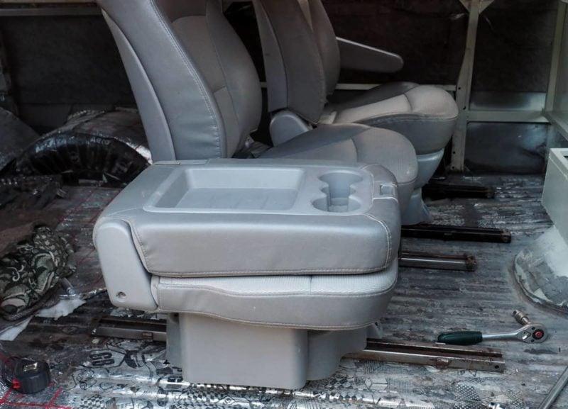 сиденья от Grand Starex в УАЗ
